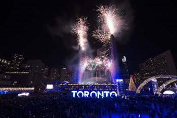 آغاز فصل جدید را روز۲۶ نوامبر در تورنتو جشن بگیرید.(CREDIT: City of Toronto)