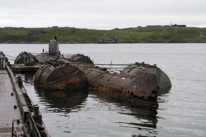 زیر دریایی K-159 رها شده شوروی سابق چرنوبیل