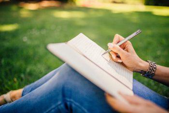 نگرانیهای خودتان را با نوشتن رفع کنید