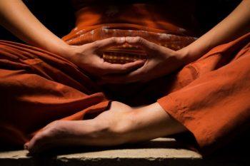 مدیتیشن راهی برای رسیدن به آرامش ذهن