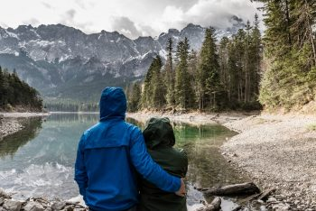 عشق چه جایگاهی در زندگیمان دارد؟