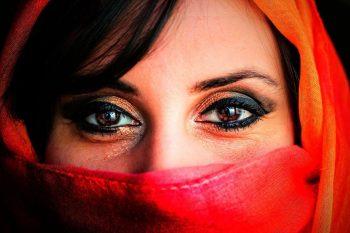 شخصیت دیگران را چطور از چشمانشان بخوانید