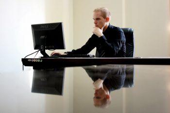 آیا کارکنان شرکتتان از دل و جان کار میکنند؟ مدیران مقصرند یا کارمندان؟