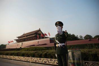 دهها سال سرقت فناوری و اطلاعات توسط چینیها