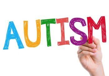 پرورش مهارتهای نوشتاری در کودکان اوتیسم