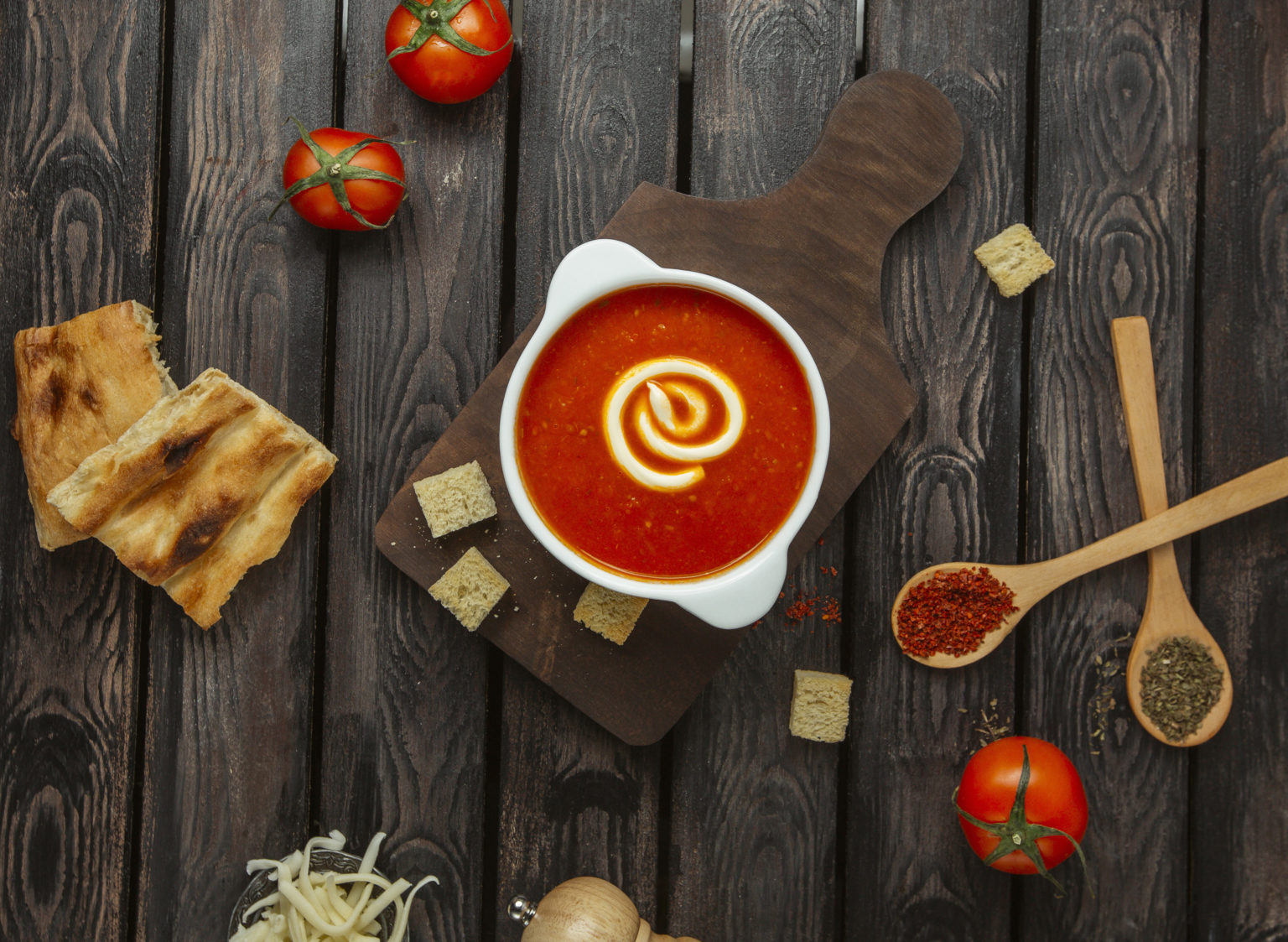 طرز تهیه سوپ اسپانیایی گازپاچو آندالوسیا طرز پخت غذای اسپانیایی سالم خوشمزه غذای گیاهی سریع غذای فوری سوپ تابستانی راحت ارزان سوپ سبزیجات سرد گازپاچو مقوی