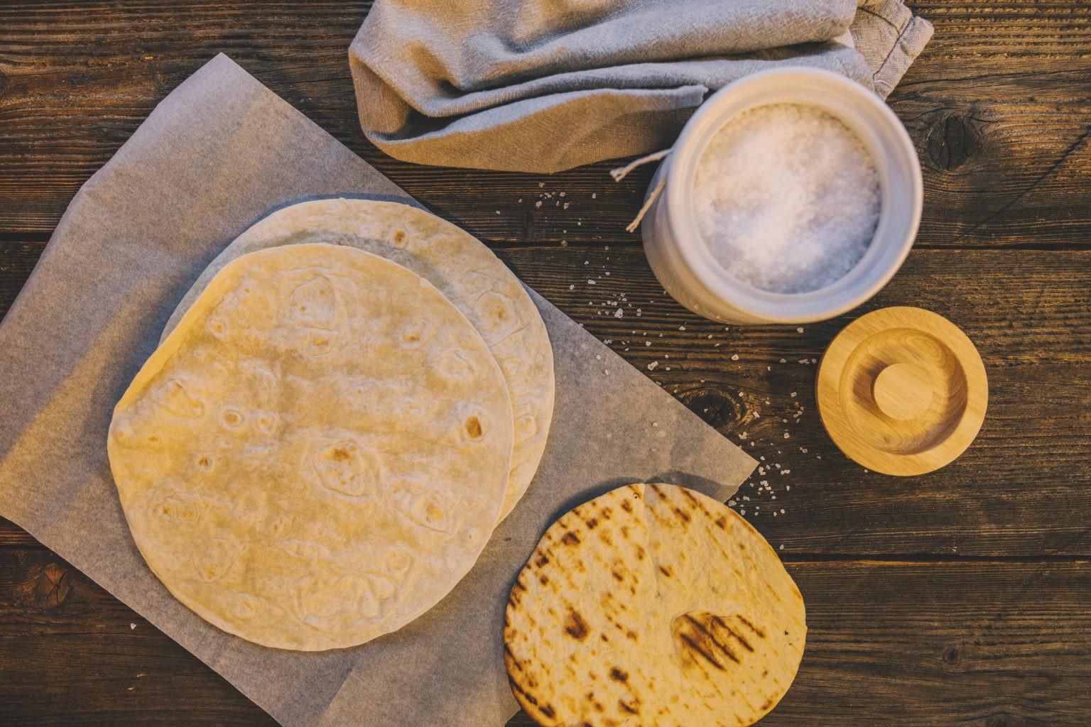 طرز تهیه نان خانگی پیادینای ایتالیایی سریع و خوشمزه دستور پخت نان پیادینای ایتالیایی ساده آموزش پخت نان خانگی آسان نان ایتالیایی نان خانگی سالم ایتالیایی