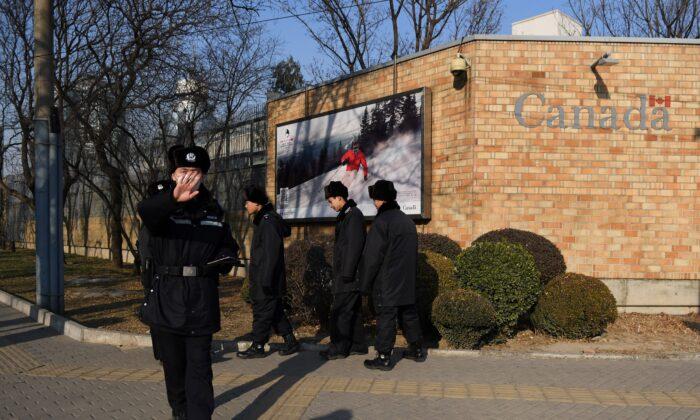 روابط تجاری کانادا و رژیم چین بحران کرونا ایغورها فالون گونگ تبت سازمان تجارت جهانی هوآوی روابط اقتصادی تجدید نظر کانادا در امان ماندن از خطر ویروس کووید 19