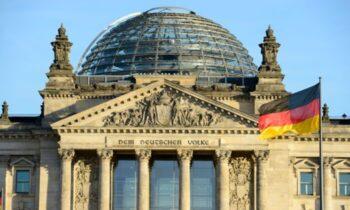 نفوذ چین و روسیه آلمان ویروس کرونا جنگ سرد جدید نقض حقوق بشر در چین شیوع پاندمی منشا ویروس سیاستهای اتحادیه اروپا درباره چین