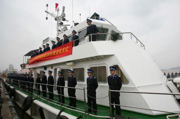 گارد افسران مدیریت شیلات چین، ونژو، چین، ۲۰ مارس ۲۰۲۰ (China Photos/Getty Images)