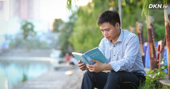 ذهنتان را در برابر احساسات منفی کنترل کنید  معرفی کتابی رایگان برای پاکسازی ذهن و جسم که کاملا برای سبک زندگی افراد مدرن مناسب است