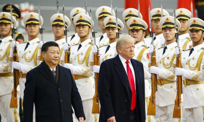 تهدیدهای درازمدت حزب کمونیست چین دنیا به رژیم چین اجازه داده است که به ستمگریاش، شامل اردوگاههای کار اجباریاش و آزار و شکنجه فالون گونگ
