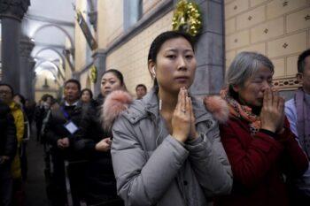 وزیر امور خارجه ایالات متحده از رهبران مذهبی میخواهد برای آزادی مذهبی با رژیم چین مقابله کنند حزب کمونیست چین همه جوامع مذهبی در چین اذیت