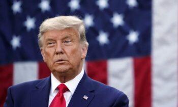 جمهوری خواه ترامپ در این باره در توییتر نوشت: «آنها ابتدا به تایید نتایج انتخابات رای ندادند، چراکه تعداد آرا از تعداد افراد بیشتر بود!