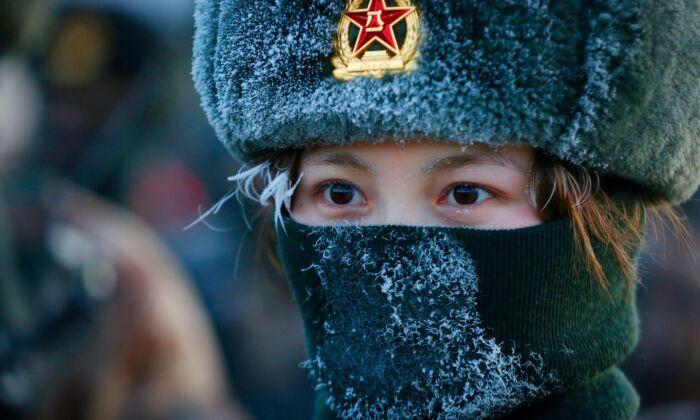 ایمنی ارتش چین سربازان مستقر در تبت را به کلاههای ایمنی تازه توسعه یافتهای مجهز کرده است که میتواند با فشردن یک دکمه، منفجر شود، و این دکمه