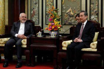 سند هجده فیلمساز ایرانی با انتشار بیانیهای، سند همکاریهای راهبردی ۲۵ ساله ایران و چین را «فاقد وجاهت و مشروعیت» دانستند، و ضمن ابراز
